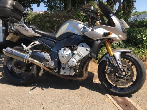 Yamaha FZ1 Fazer 1000cc (2007, 07 plate) £2,995 (63,000 miles) - with top box