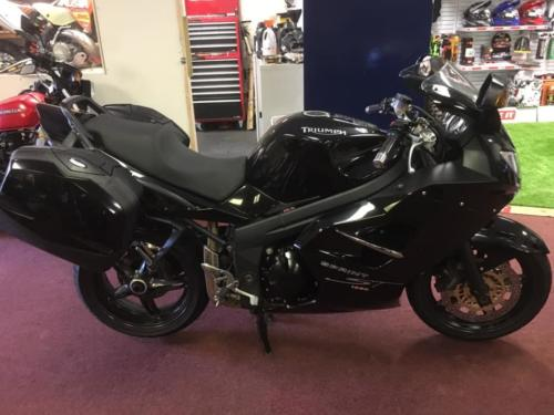 Triumph Sprint ST1050 (2008, 58 plate) £3,750 (12,000 miles only) - hard luggage and heated grips